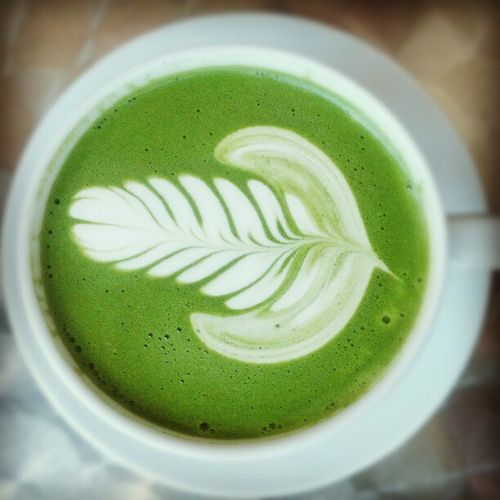 8987584fbbce1db552cf2d1999e556c0-tea-art-matcha-green-tea-latte.jpg